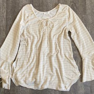 Umgee thermal bell sleeve blouse